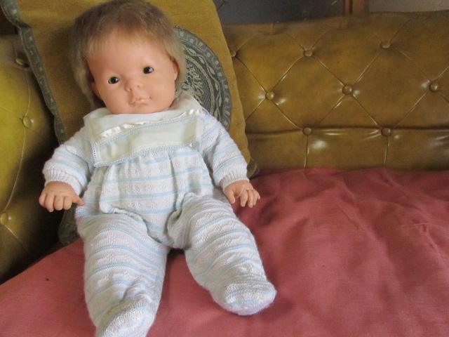 古いベビードール*人形*スペイン製*BERJUSA社*ニットロンパース