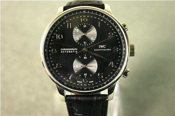 【美品】IWC ポルトギーゼ IW371447 自動巻き ブラック メンズ高級時計_画像3