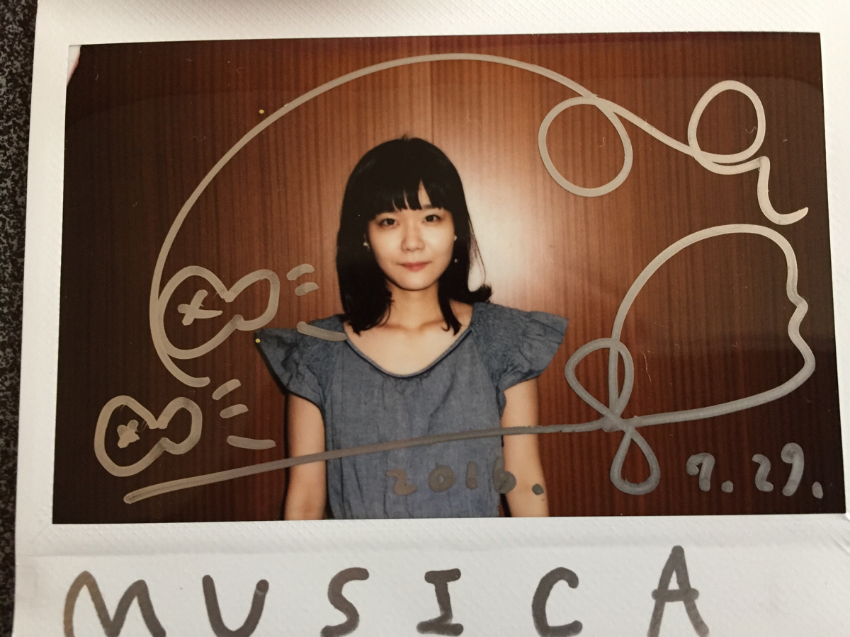 吉澤嘉代子 直筆サイン入りポラロイド写真 抽プレ 限定 残ってる 直筆サイン ポラ MUSICA