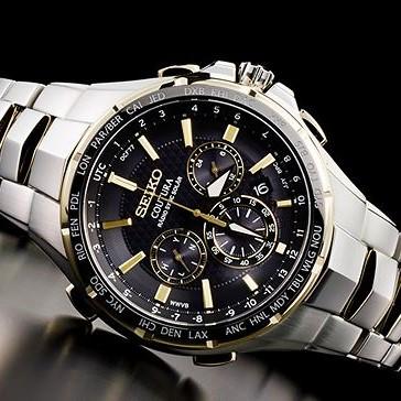 新品即納 SEIKO SSG010 セイコー 上級コーチュラ ゴールド 新型電波ソーラー クロノグラフ 腕時計 逆輸入_画像2