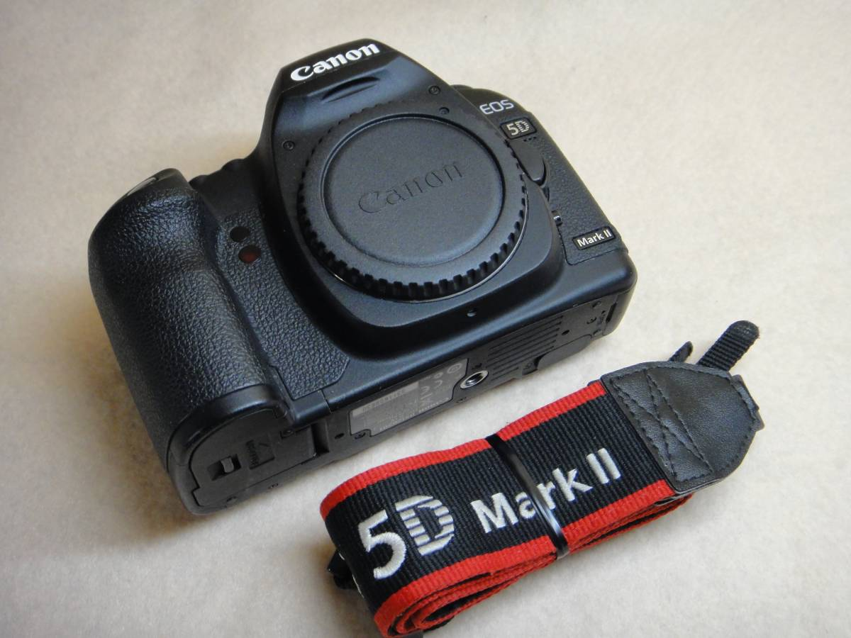 ☆★ Canon デジタル一眼レフ EOS 5D Mark II ボディのみ ☆★