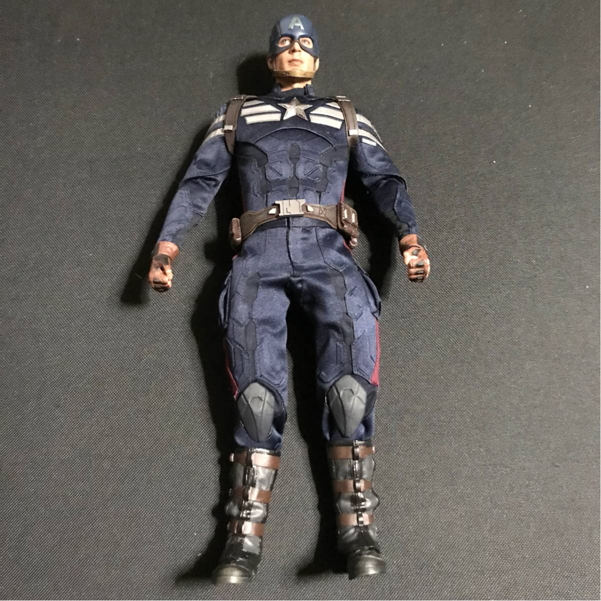1/6 ホットトイズ キャプテンアメリカ ウインターソルジャー ステルススーツ 色移りあり 要説明確認 映画グッズの画像