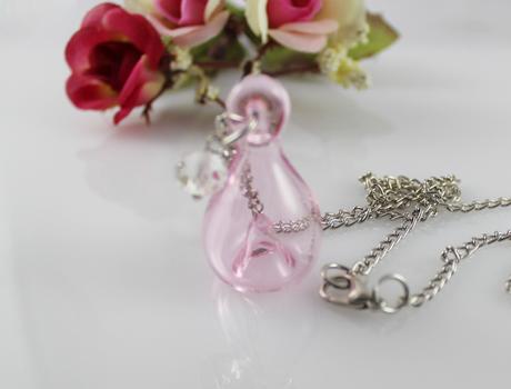 ● ガラス アロマ  ディフューザー  ペンダント  ピンク   香水 にも  //  ネックレス  精油 エッセンシャルオイル クリスタル