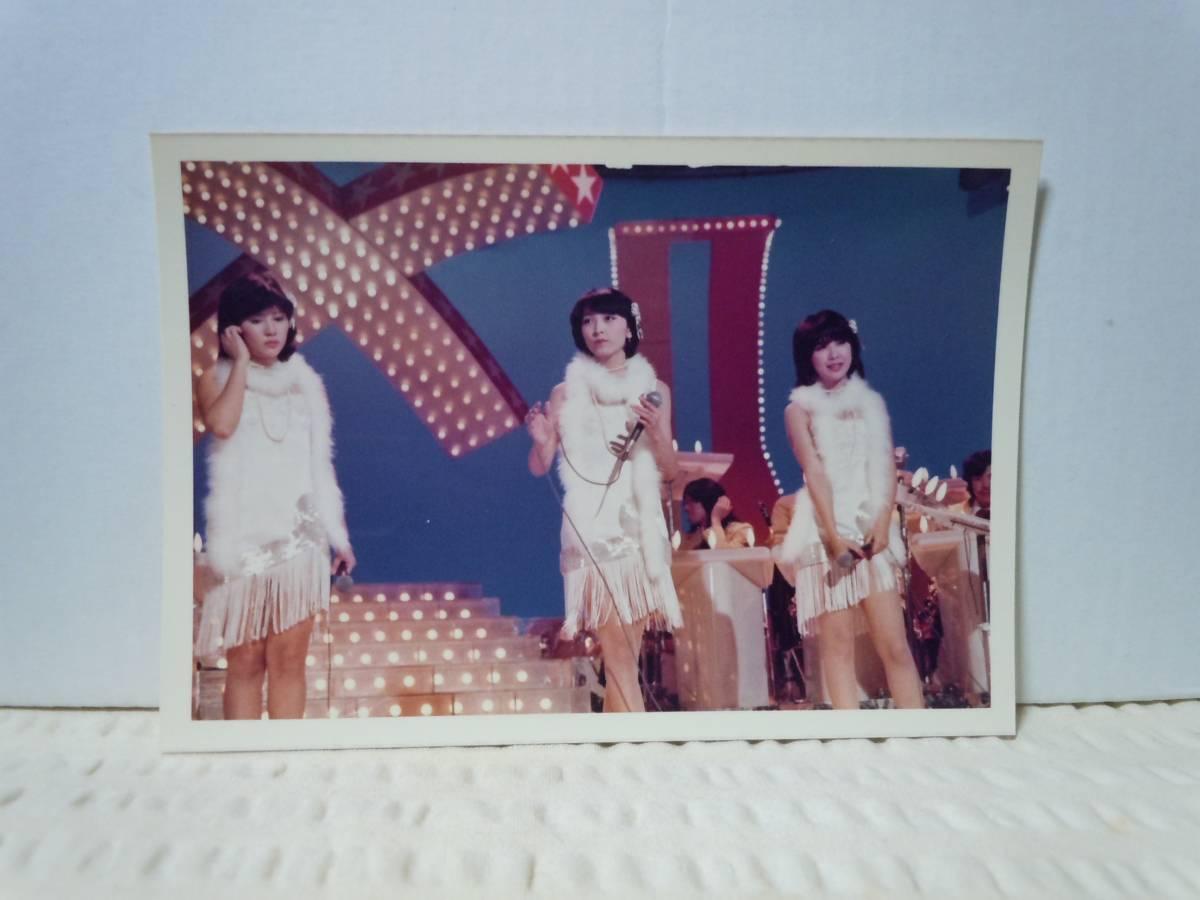 キャンディーズ生写真2枚セット②/伊藤蘭/田中好子/藤村美樹/1970年代 ライブグッズの画像