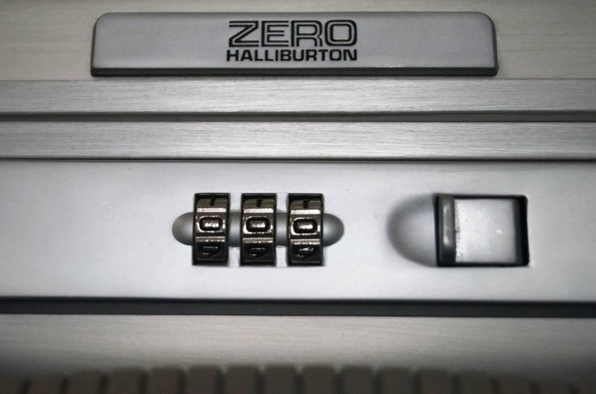 ■超美品■ZERO HALLIBURTON ゼロハリバートン アタッシュケース シルバー 薄型_画像5