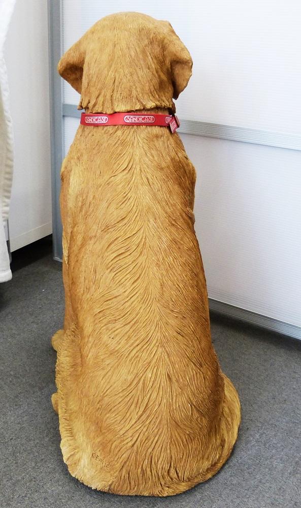 サンディキャスト SANDICAST ゴールデンレトリバー ホワイトセメント アメリカ製 LLサイズ 動物置物 サンドラ・ブルー 中古品_画像8