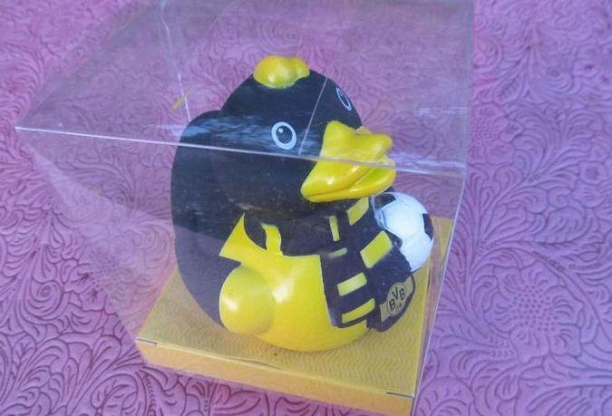 BVB ドルトムント★オフィシャルグッズ(お風呂のアヒル)★ドイツで購入★ブンデスリーガ / あひる おもちゃ 香川真司 グッズの画像