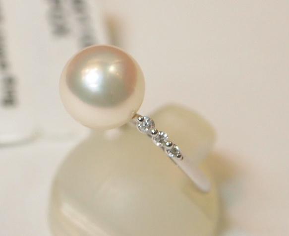 新品 プラチナ900製 アコヤ 本真珠 8.5mm珠 & 両サイド ダイヤ スリム デザイン リング/Pt/あこやパール/シンプル 細身 定番/冠婚葬祭_テリが良く綺麗な真珠です。