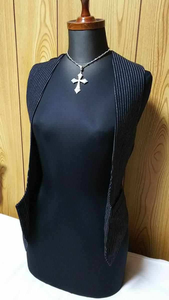 国内正規 美 Dior Hommeディオールオム Uカットドレスジレ黒 ブラック×ストライプベスト 最小38 XXS 6H エディ期 ジャケット以上の存在感!_画像4