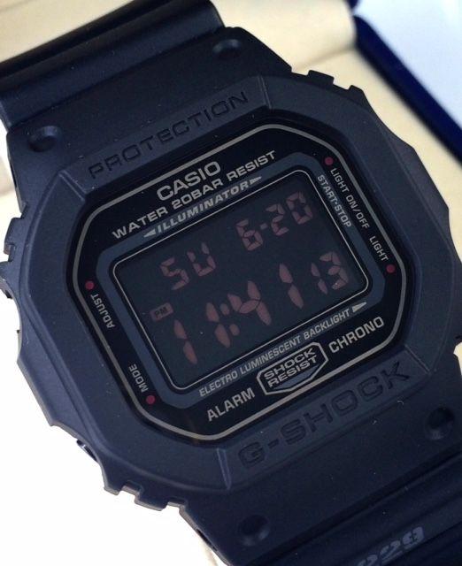 dd3ab39e54 カシオ Gショック 腕時計 マットブラック レッドアイ スクエア