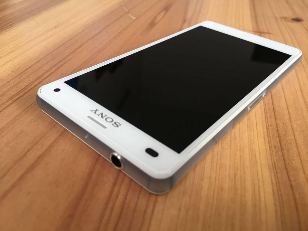 ■美品■Docomo Xperia Z3 Compact (SO-02G) ホワイト_画像4