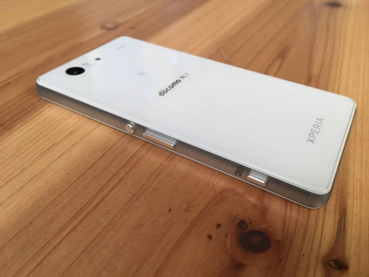 ■美品■Docomo Xperia Z3 Compact (SO-02G) ホワイト_画像8