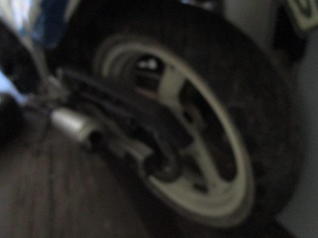 昭和61年 スズキ RG 400ガンマ 17000km台 レストア用不動車 書類付き_画像4