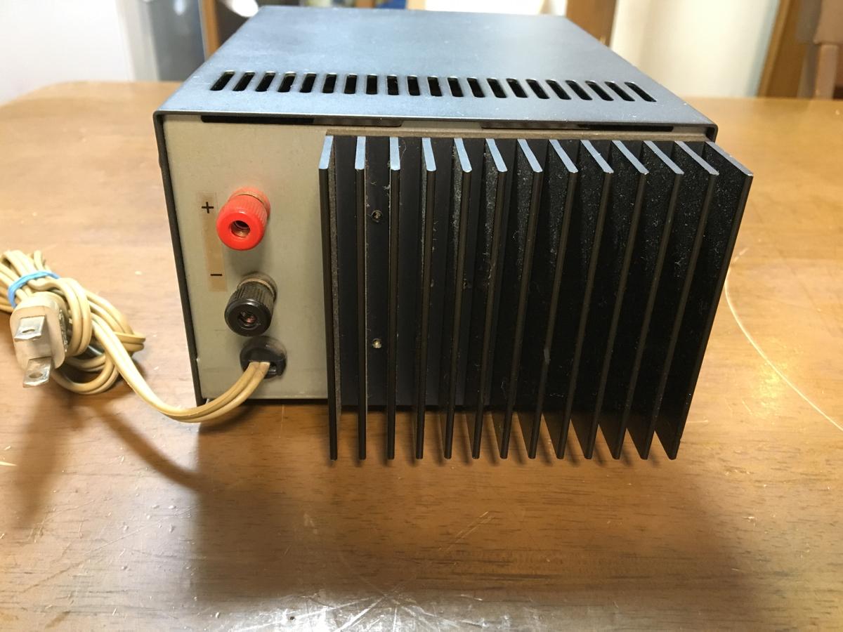アルインコ EPS-85M 安定化電源 8A キレイです_画像3
