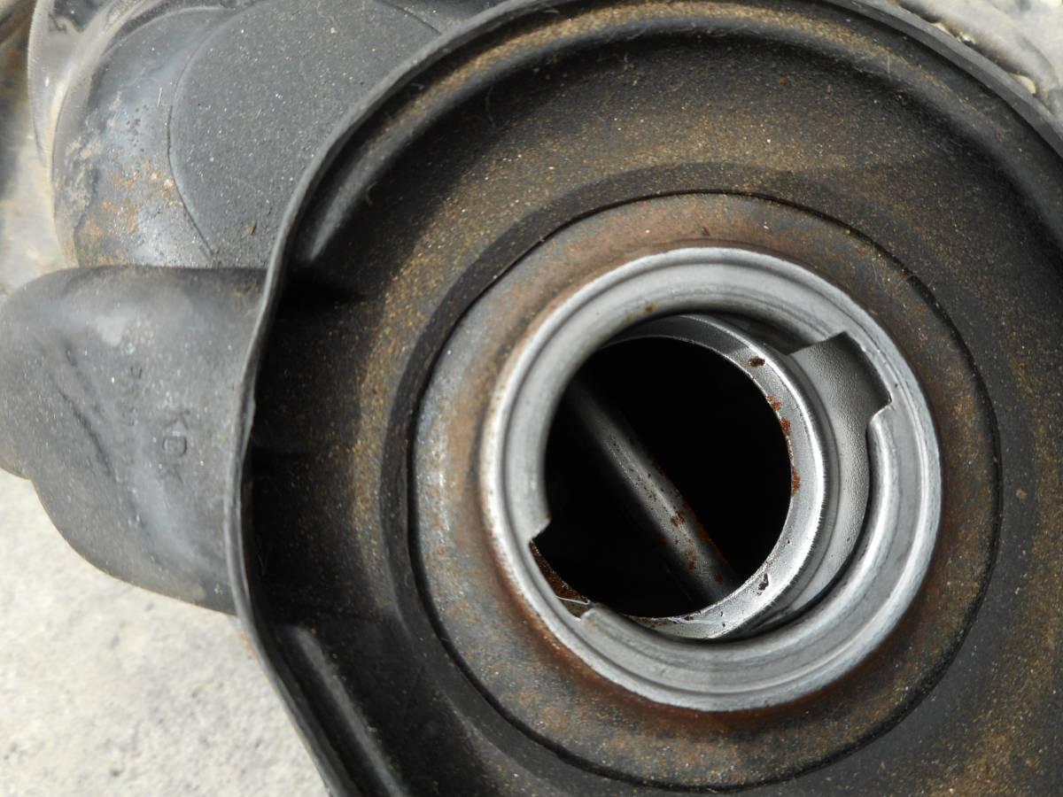 トゥデイ(キャブ車) AF61 放置車両より取り外し ガソリンタンク_画像2