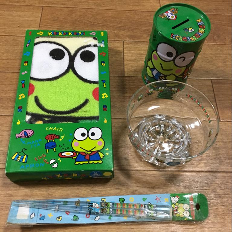 けろけろけろっぴ タオル 貯金箱 おはし ガラスもの いろいろセット 日本製 サンリオ 新品 グッズの画像