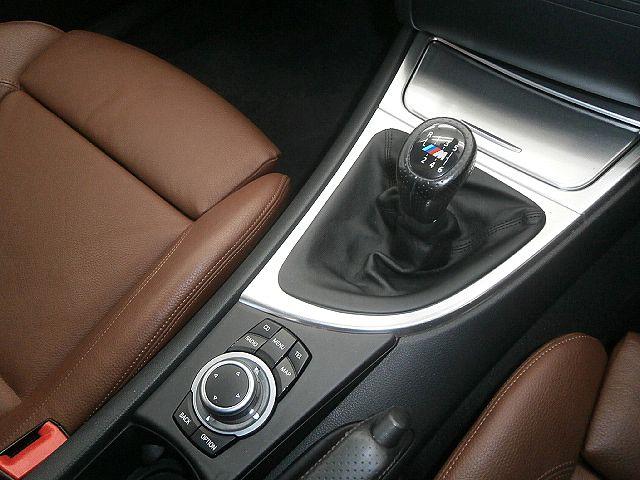 新型iDrive!!!走りの6速マニュアル!!