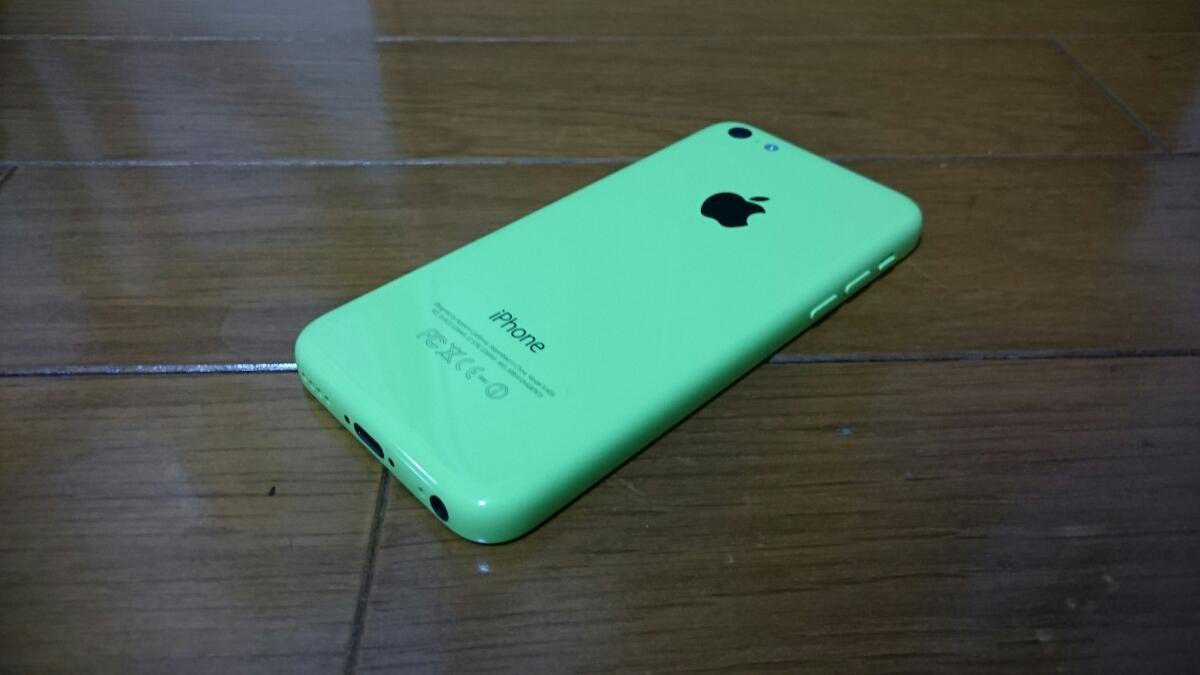 即落/即発!!au 美中古品 iPhone 5c 16GB グリーン_画像2