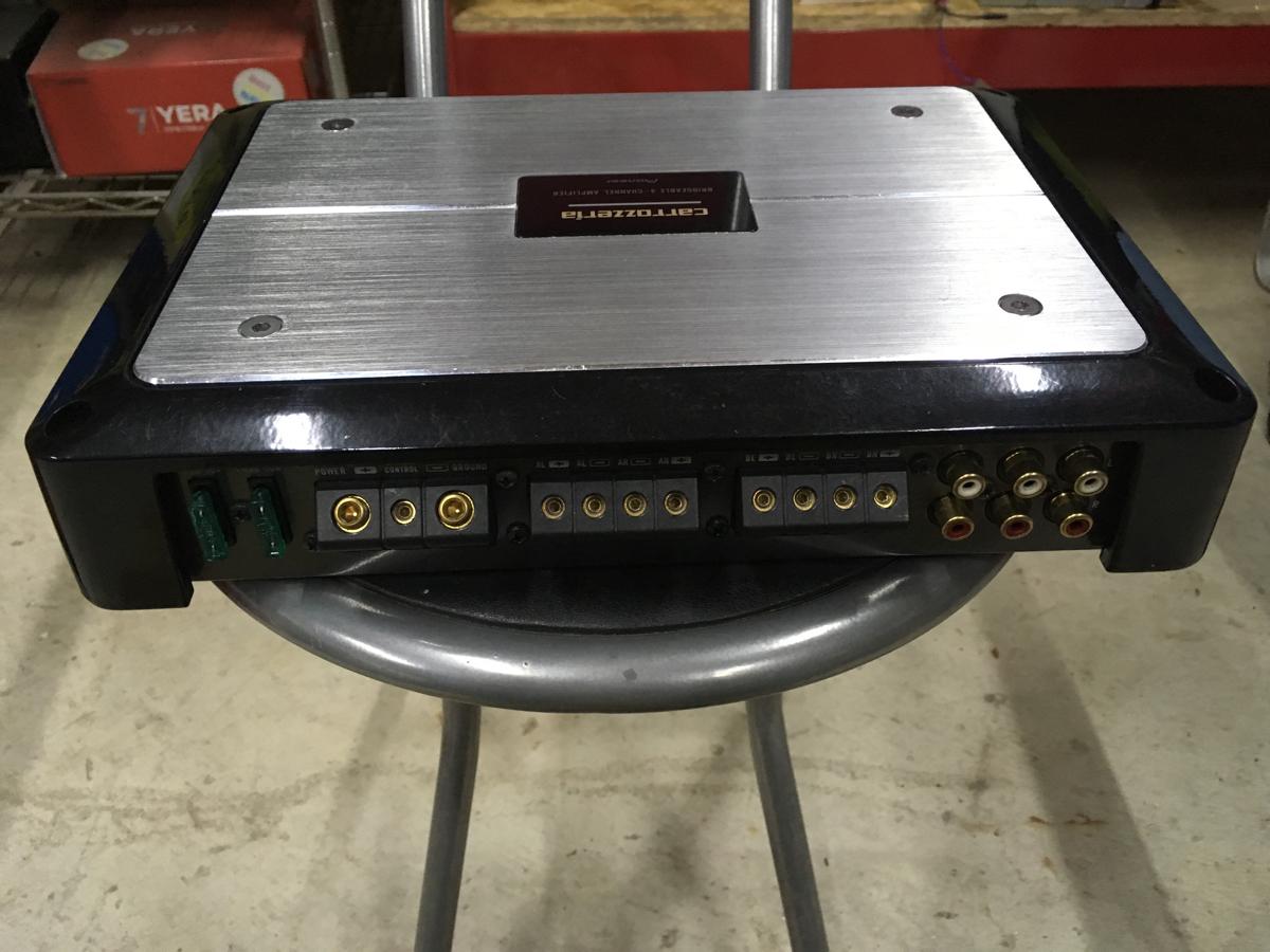 中古、カロッツェリア PRS-D8400、4chアンプ、動作ok_画像2