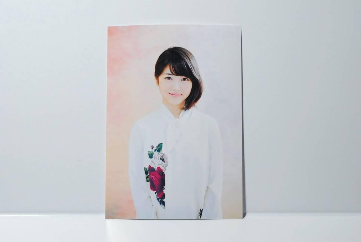 ☆浜辺美波☆ L判生写真3枚です。 あの日見た花の名前を僕達はまだ知らない。 君の膵臓をたべたい
