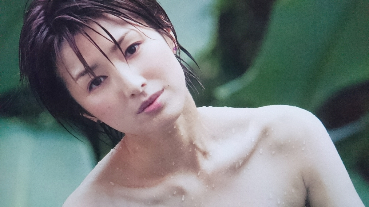 濡れている吉瀬美智子