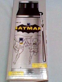 BATMAN バットマン 超軽量 ステンレスマグボトル 500mL 水筒 ストラップ付 保温 保冷 超軽量コンパクト 未使用 即決 激安アメコミ シルバー_画像2