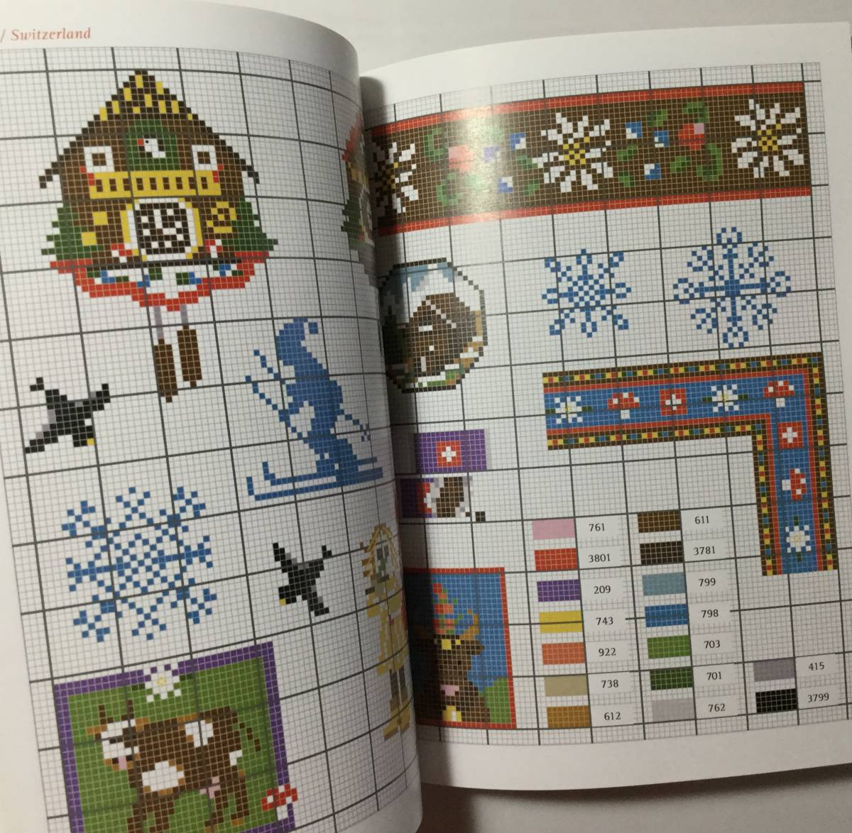 ■ARTBOOK_OUTLET■ 1-059 ★ 手芸本 新品 フランス 刺繍 クロスステッチ CROSS STITCH 図案 SPECIAL EDITION AROUND THE WORLD 希少本_画像4
