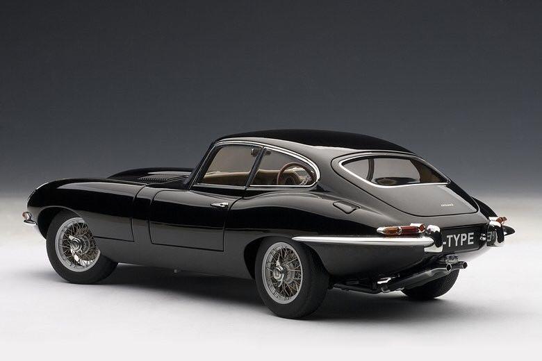 1/18 ジャガー Eタイプ シリーズⅠ 3.8 クーペ ブラック Jaguar E-type series1 3.8 coupe オートアート AUTOart_画像8