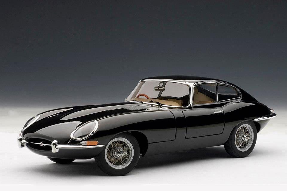 1/18 ジャガー Eタイプ シリーズⅠ 3.8 クーペ ブラック Jaguar E-type series1 3.8 coupe オートアート AUTOart_画像7