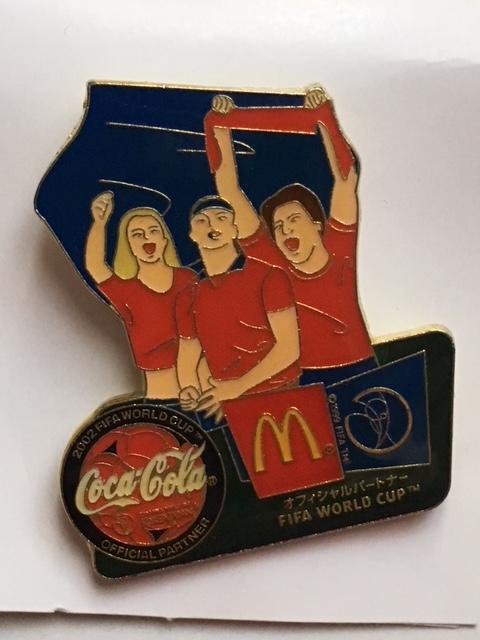2002日韓ワールドカップ  ピンバッジ     マクドナルド・コカコーラ