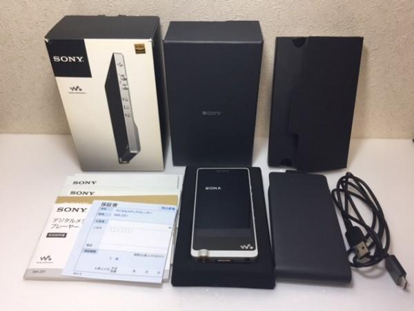 (114-23) 1円~!美品 ♪ 付属品多数 ♪ SONY ウォークマン ZXシリーズ 128GB ハイレゾ音源対応 Android搭載 シルバー NW-ZX1/S ♪♪_画像3