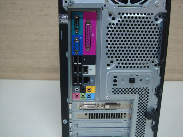 acer Aspire M5621 ☆ Core 2 Quad 2.83GHz/4GB/Blu-ray HDD欠品 ジャンク_画像8
