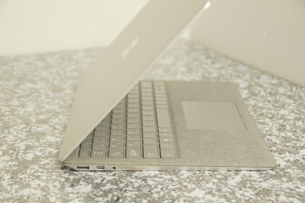 【ジャンク】Surface Laptop Model 1769 D4G-00059 Core i5-7200U 2.5Ghz ※液晶ヒビ_画像5