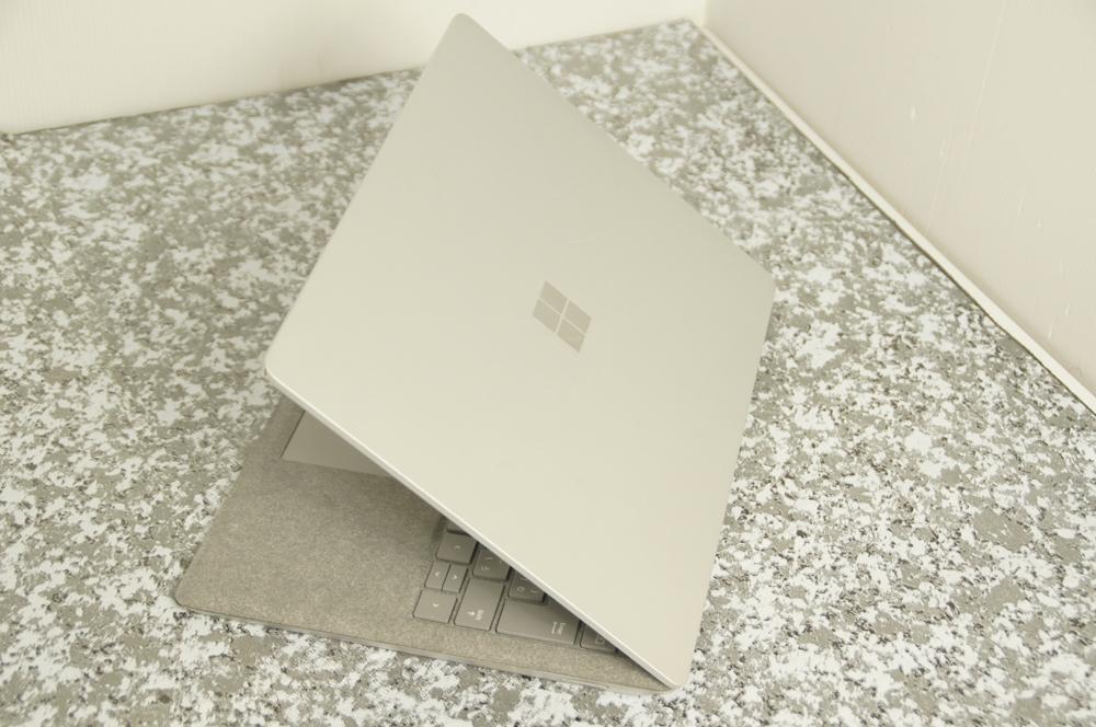 【ジャンク】Surface Laptop Model 1769 D4G-00059 Core i5-7200U 2.5Ghz ※液晶ヒビ_画像4