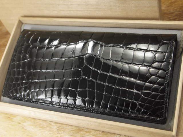 新品未使用 桐箱付 最高峰 本物 シャイニークロコダイル CROCODILE 無双 長財布 定12万 黒