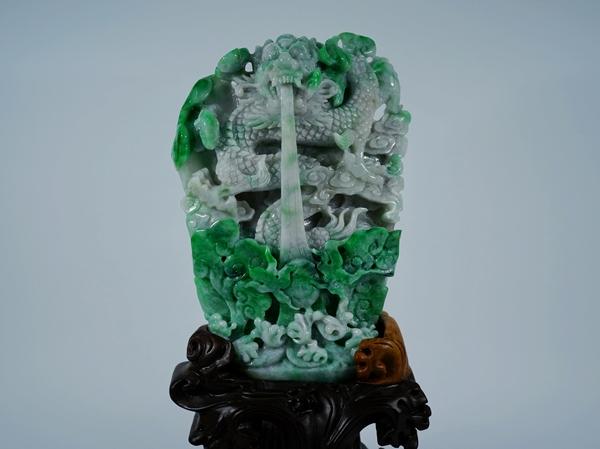 国宝級 天然無処理 A貨 本翡翠 最高級翡翠雲龍彫刻 3126g 硬玉 極上置物 逸品 唐木台座