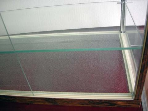 木製風ガラスショーケースW90cm レトロ・アンティーク調 コレクションケースとしても 都内23区送料1,000円_画像6