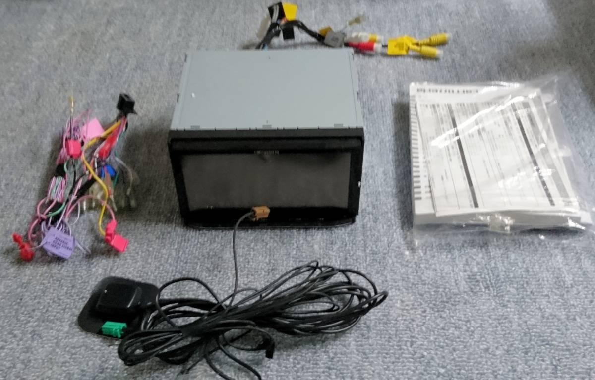 (中古)pioneer carrozzeria 2DIN 7型ワイド液晶 メモリーナビ 楽ナビ AVIC-MRZ90 (2009年)