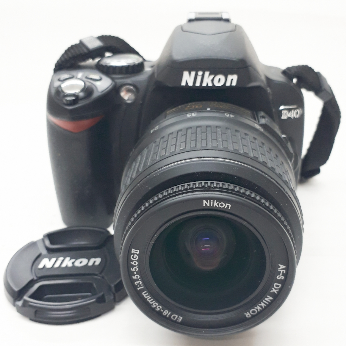 ★Nikon ニコン D40 一眼 デジタルカメラ レンズ AF-S DX NIKKOR 18-55mm 1:3.5-5.6G Ⅱ ED★