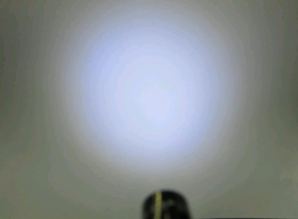 単4を1本使うマグライトソリテールの電球をLEDに交換セットマグライト本体は含まれません送料全国一律普通郵便120円_焦点調整拡散状態