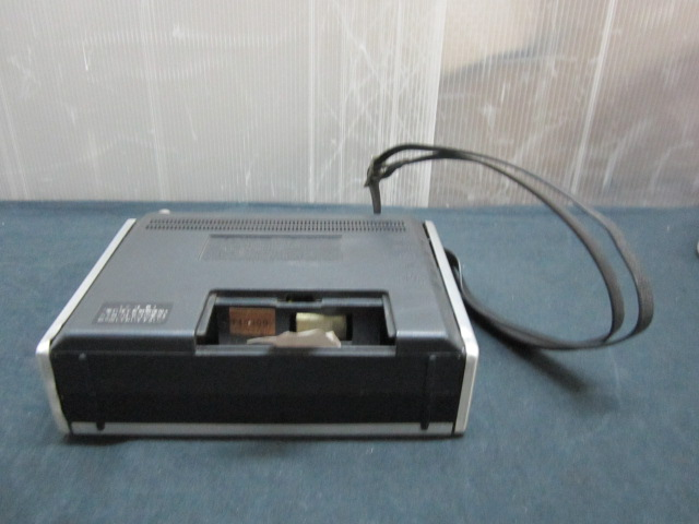 SONY ソニー ICF-5200 ソリッド ステート NEW action FM/AM ラジオ_画像10