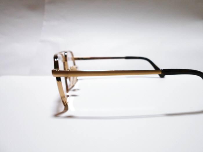 店内展示品・正規品・紳士用/Light Plane/日本製/チタン製/強度用メガネフレーム_画像3