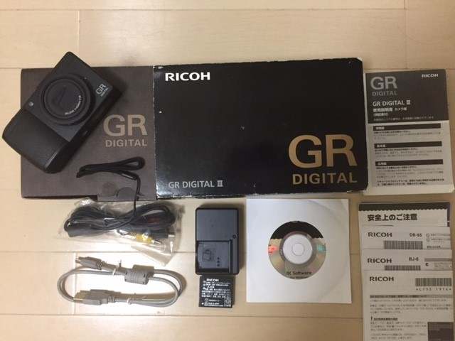 リコー RICOH GR DIGITAL III 箱付き 付属品あり