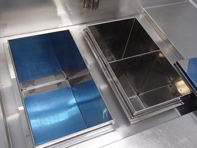 04-1022 中古品 タニコー 電気湯せん器 特注品SUS304 業務用 ステンレス 湯煎機 3相200V 温める 湯がき 槽 湯せん 麺 うどん そば 電気式_画像4