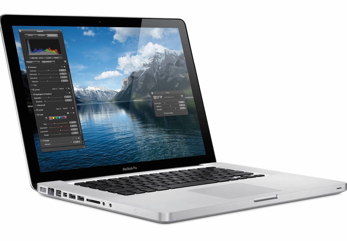 15inch MacBookPro 2012 Core i7/16G/新品 SSD 525G/Adobe CC 2018/Adobe CS6/VectorWork