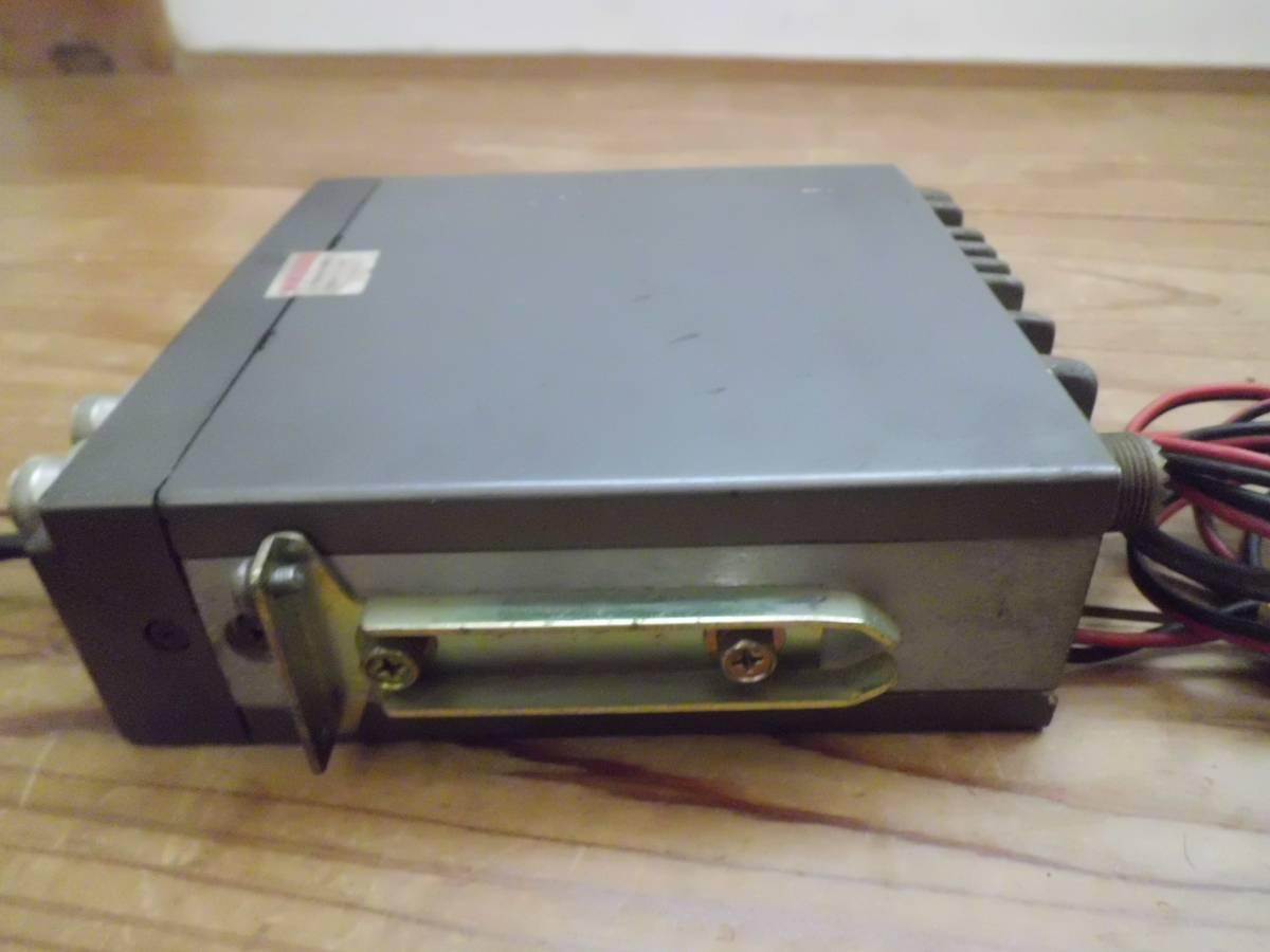 クラリオン 極超短波簡易無線電話装置 JC-105T型 アマチュア無線機 マイク付き 昭和56年製 CSITK 150・5F3-1-4 動作未確認_画像4