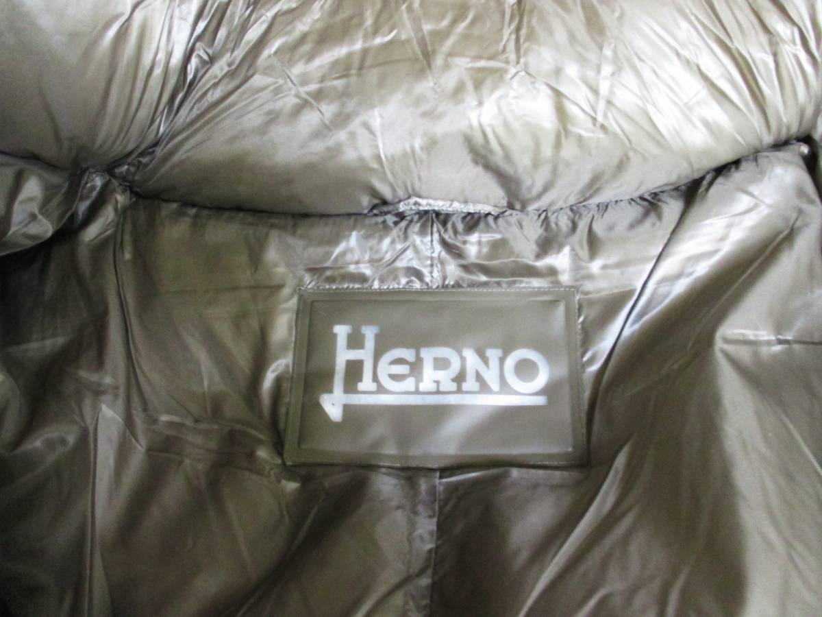 HERNO Laminar ヘルノ★極美品★ダウン コート・サイズ42・Mサイズ程度_画像4