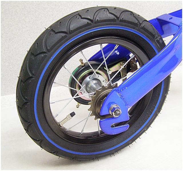 O-1【福岡県久留米】へんしんバイク 青 ペダルなし自転車 Henshin バランスバイク ランニングバイク_画像3