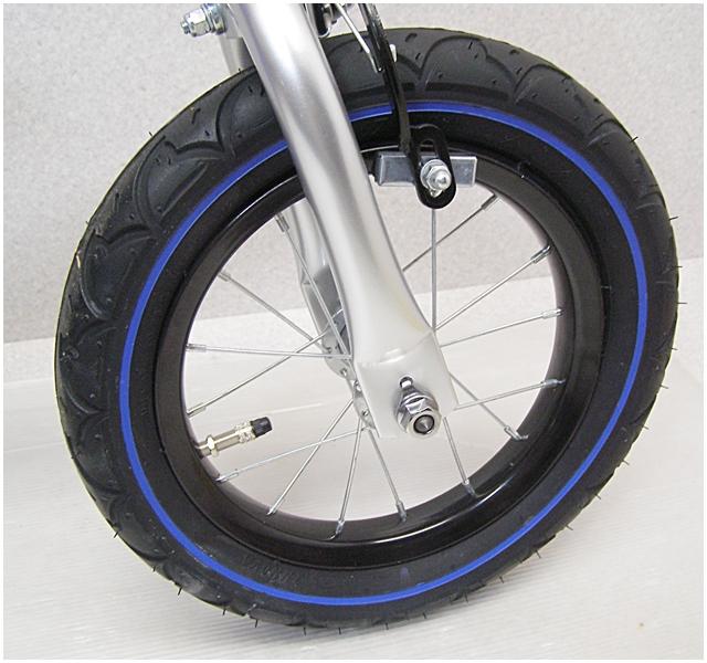 O-1【福岡県久留米】へんしんバイク 青 ペダルなし自転車 Henshin バランスバイク ランニングバイク_画像2