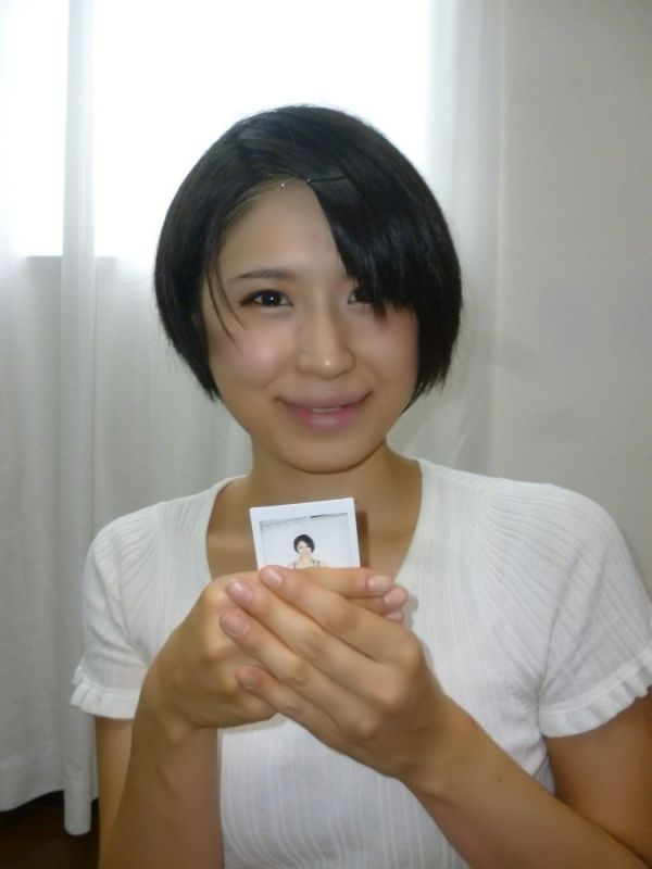 【廣瀬綾香】シャツ+デニムスカート着用チェキ